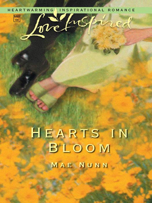 Mae Nunn Hearts In Bloom цена и фото